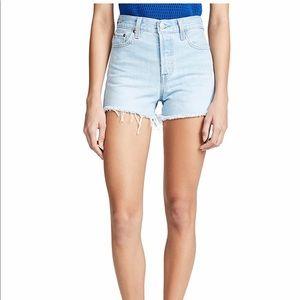 NWOT Levi's wedgie shorts
